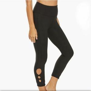 Balance Collection Miranda Yoga Capri Leggings L